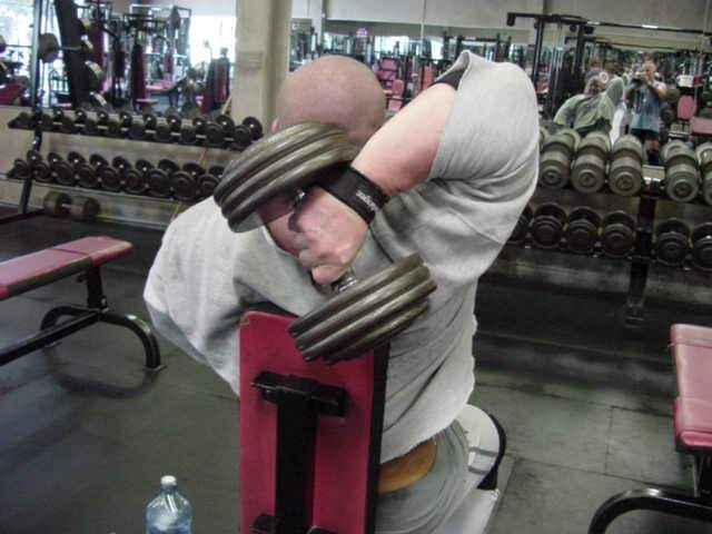 photo of EXTREME STRETCH triceps example