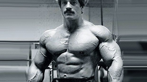 MIKE MENTZER photo